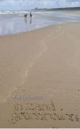 In zand geschreven